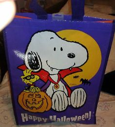 Halloween Hallmark Peanuts Snoopy Reusable Treat  Bag  New with tags #snoopy