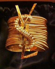 Gold glam YSL slice of heaven. Fashion Bracelets, Bangle Bracelets, Fashion Jewelry, Bangles, Gold Fashion, Hermes Bangle, Mens Fashion, Bling Bling, Jewelry Box