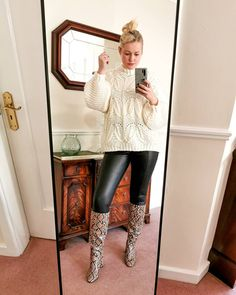 New Week, Cool Boots, My Outfit, Claire, I Am Awesome, Ootd, How To Wear, Outfits, Instagram