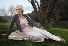 In her darkest hour, Byron Katie—now a spiritual mentor to millions—discovered that life isn't half as painful as we make it. With the help of four simple questions, she shows Caitlin Flanagan how to stop suffering and start getting real.