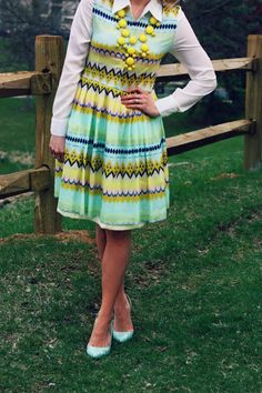 Minty Dress + Statement Necklace | The Pretty Life Anonymous | http://prettylifeanonymous.blogspot.com/