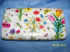 VTG Womens Wallet Floral bugs grasshopper butterflies snakeskin pattern clutch