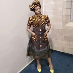 African Fashion Ankara, Latest African Fashion Dresses, African Dresses For Women, South African Traditional Dresses, Traditional Fashion, African Print Dress Designs, African Print Dresses, Xhosa Attire, Shweshwe Dresses