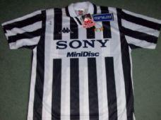 1996 1997 Juventus BNWT New Football Shirt XL Maglia Italy Top New Football  Shirts c155d532d