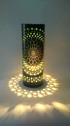 Decorative lights from pvc material enough attention to be made in the decoration of room lighting.This lamp is able to provide a dazzling decorating idea to Pvc Pipe Crafts, Pvc Pipe Projects, Lampe Crochet, Laser Cut Lamps, Licht Box, Bamboo Lamp, Pipe Lighting, Lighting Ideas, Bamboo Crafts