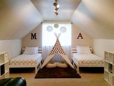 shared bedroom boy and girl decorating ideas-19