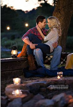 Fall Engagement Photo Ideas and Outfits! - Weddingbee