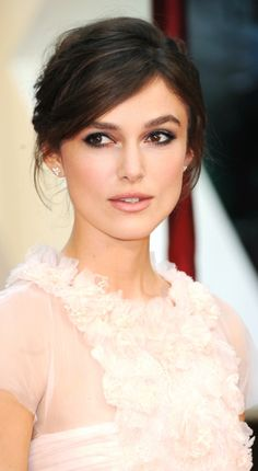 Keira Knightley - love the makeup