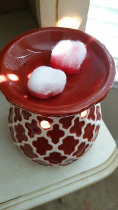 I have always loved candles, and in the past spent far too much money on them. I contemplated getting a wax burner for years, but my big hang-up with getting one was the thought of how annoying it ...