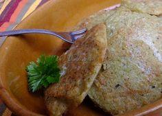 Placki ziemniaczano-cukiniowe Humus, Ketchup, Bread, Food, Diet, Eten, Bakeries, Meals, Breads