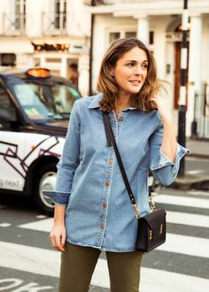 denim shirt St Style, Top To Toe, Denim Shirt, Blue Denim, Lifestyle Blog, Skirts, Jackets, Beauty, Tops