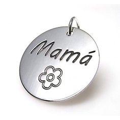 """Colgante de plata de primera ley redondo de 21 mm de diámetro con grabado """"Mamá"""" y una flor"""
