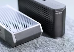"""Vedi questo progetto @Behance: """"MAQE Soundjump wireless speaker with Magnetic powerbank"""" https://www.behance.net/gallery/33512281/MAQE-Soundjump-wireless-speaker-with-Magnetic-powerbank"""