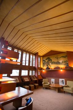 Considered one of America's greatest architects, Frank Lloyd Wright left his visionary mark all across the state of Wisconsin. Experience some of his creations firsthand by spending a night at one of these homes, designed by Wright himself.