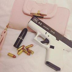 @theglockchannel - Essentials. PC: @jessicarunco #Glockporn #Glock