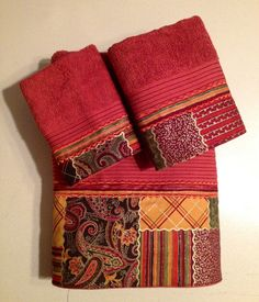 Rust Patchwork Bath Towel Set. www.ladydiblankets.etsy.com - Love her stuff!