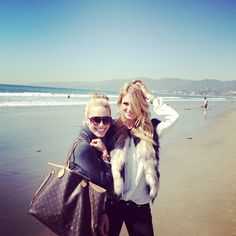 Cali Look, LV Neverfull at the beach by katyinthecity