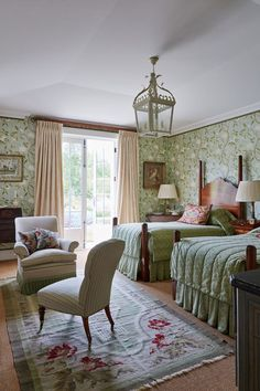 Green Floral Wallpaper Twin Bedroom in country bedroom ideas, Colefax Snow Tree wallpaper, lantern light and twin beds, floral rug. Wallpaper Design For Bedroom, Tree Wallpaper Bedroom, Wallpaper Designs, Shabby Chic Bedrooms, Guest Bedrooms, Country Bedrooms, Trendy Bedroom, Floral Bedroom, Bedroom Decor