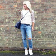 jeans and trainers #Saturdayuniform #everdayuniform  #fblogger #fashion #fashionblog #style #fashionover40 #radley #myradley #lookoftheday #instastyle #surrey #streetstyle