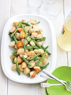 Recette de Ricardo de salade de pommes de terre et de saumon