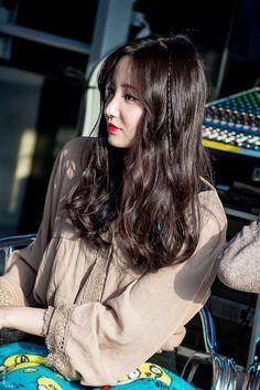  077  Momoland Yeonwoo Korean Star, Korean Girl, Girl Attitude, Female Stars, Look At You, Beautiful Asian Girls, Ulzzang Girl, Beautiful Actresses, Kpop Girls
