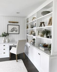 This unique home office paint colors is absolutely a superb style procedure. Office Built Ins, Loft Office, Office Nook, Guest Room Office, Built In Desk, Study Office, Built In Shelves, Basement Office, Office With Couch