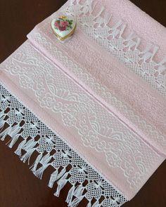 Buda pembeden vazgeçemeyenlere gelsin😌… Lace Making, Hand Embroidery, Hand Weaving, Diy And Crafts, Crochet Patterns, Cross Stitch, Creative, Lace, Ideas