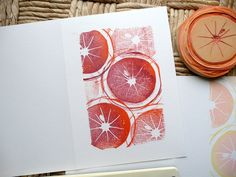 Ocni et cie tampons/ semaine 7 : oranges maltaises Stamp Printing, Printing On Fabric, Screen Printing, Linocut Prints, Art Prints, Block Prints, Textile Prints, Textile Art, Stencil