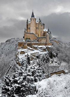 Alcázar Castle under snow, Segovia, Spain, via Petit Cabinet de Curiosites