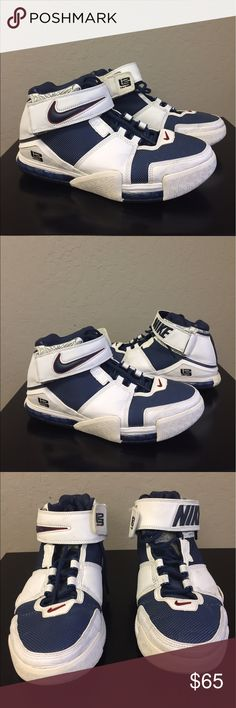 Nike Zoom Lebron 2 Basketball Shoe Size 10 Nike Zoom Lebron 2 Basketball Shoe Size 10   Brand : Nike  Style Code : 309378-441  Color : Midnight Navy/White  Size : Men's 10  Pre owned  Scuffs and dirt due to normal use  PLEASE SEE ALL PICTURES PRIOR TO PURCHASE Nike Shoes Athletic Shoes
