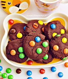Chocolate cakes from M & M's- Czekoladowe ciastka z M&M's Chocolate cakes from M & M & # s - M M Cookies, Galletas Cookies, Baby Biscuit Recipe, Types Of Cakes, Food Cakes, Melted Butter, Food Art, Oreo, Icing