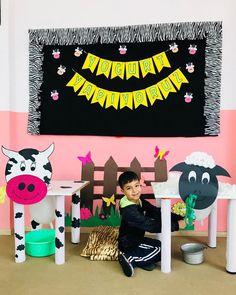 Preschool Arts And Crafts, Preschool Activities, Crafts For Kids, Pre School, Sunday School, Cow Craft, Recycled Toys, Barn Animals, Little Giants