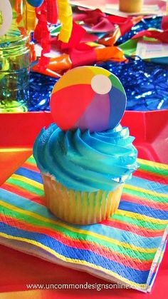 a Ball this Summer Party for Kids Cutest Summer party idea! Beach Ball Party for Kids. great for classrooms, pool parties and more! Beach Ball Party for Kids. great for classrooms, pool parties and more! Pool Party Cakes, Pool Party Themes, Pool Party Kids, Cupcake Party, Luau Party, Ideas Party, Beach Party Ideas For Kids, Tiki Party, Party Fun