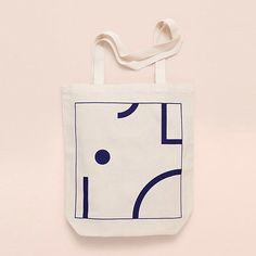 Fair trade Eco-Tote bag, limited edition, designed by Depeapa. Depeapa is a design studio based in Granada, Spain. Packaging Inspiration, Cotton Tote Bags, Reusable Tote Bags, Printed Bags, Canvas Tote Bags, Surface Design, Bag Making, Fashion Bags, Screen Printing