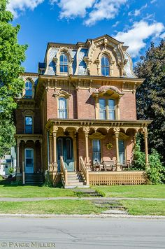 "This ""Second Empire"" style home is one of the most beautiful homes I have ever photographed. Victorian Architecture, Beautiful Architecture, Beautiful Buildings, Architecture Details, Beautiful Homes, House Architecture, Victorian Style Homes, Victorian Cottage, Victorian Houses"