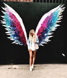 Wing Wall, Angel Wings Wall