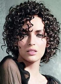 11 Dreamy Curly Hairstyles for Medium Length Hair. Check out some brand new ways to add sizzle to medium length hairstyles. Curls are hot! All you need to rev up your look is the right product and a little know-how! Come and see!
