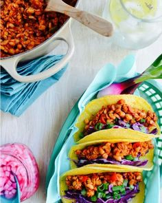 Oil Free Vegan Tempeh Tacos recipe Dr Fuhrman Eat to Live Plan Dr Greger How Not to Die WFPBSOS What the health tempehtacos Plant Based Recipes, Veggie Recipes, Whole Food Recipes, Vegetarian Recipes, Healthy Recipes, Vegetarian Pho, Mexican Recipes, Vegan Tacos, Kitchens