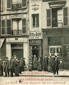 carte postale plus petite maison paris