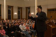 Brandon Sanderson speaks to crowd at Provo City Library