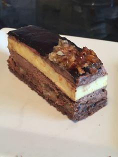 L'envol de Pierre Marcolini adapte sans gluten, un délicieux entremet chocolat, orange et nougatine noisette, sur www.toutpareiletsansgluten.fr
