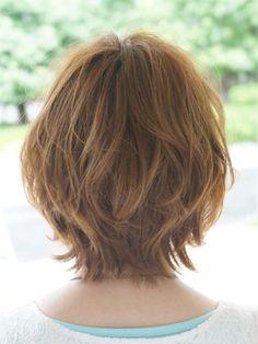 pretty hairstyles for kids Schools Medium Short Hair, Medium Hair Cuts, Short Hair Cuts, Medium Hair Styles, Short Shag Hairstyles, Haircuts For Fine Hair, Pretty Hairstyles, Short Hair Syles, Short Grunge Hair