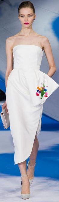#Christian Dior 2013 - 2014 RTW Paris FW Dior Fashion, Runway Fashion, Fashion Show, Fashion Dresses, Fashion Design, Paris Fashion, Fashion Clothes, Womens Fashion, Fashion Trends