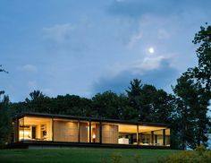 Architecture Merit Award.  AIA New York Chapter Design Awards.  LM Guest House | Desai/Chia Architecture; Photo: Paul Warchol | Bustler