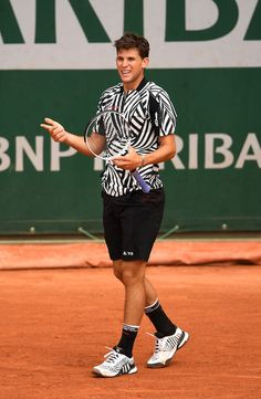 57677e891327 Dominic Thiem Photos - 2016 French Open - Day Five - Zimbio Alexander  Zverev