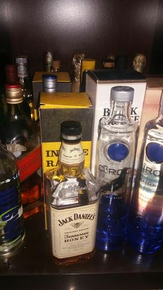 How to Play Canasta Party Drinks Alcohol, Alcoholic Drinks, Booze Drink, Alcohol Bottles, Vodka Bottle, Easy To Digest Foods, Hight Light, Alcohol Aesthetic, Low Fat Yogurt