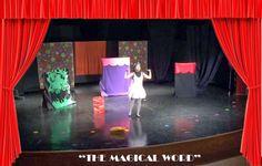 """Muchas de las Escuelas Kidsco de Madrid tuvimos excursión la semana pasada!!!!  Fuimos al Teatro, """"The Magical Word"""" ….. nos portamos como mayores y nos divertimos mucho con los actores que cantaban en inglés, bailaban, hacían pompas y se metían entre las butacas con nosotros. ¡¡Ha sido un día muy especial!"""