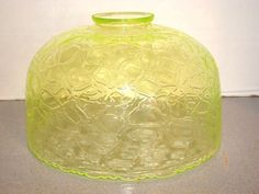 Victorian Vaseline Glass Lamp Shade w/ Crackle Pattern