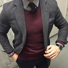Men formal wear on a business Mens Fashion Blog, Fashion Mode, Suit Fashion, Style Fashion, Fashion Stores, Lolita Fashion, Fashion Clothes, Trendy Fashion, Fall Fashion