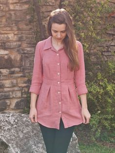 Design By Lindsay: Bruyère, mon amour! Chemise Fashion, Frock Fashion, Fashion Outfits, Short Kurti Designs, Kurta Designs Women, Designer Kurtis, Blouse Designs Silk, Kurti Designs Party Wear, Designs For Dresses